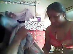 Indier Aunty blir rejält knullad från sin chef för på jobbet