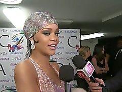 Rihanna'nın saydam fashion İlanı 2.014