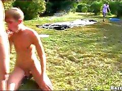 Залить Balls на открытых Gangbang Gay Оргии