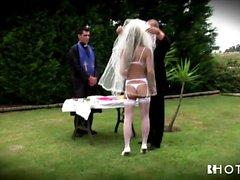 Big tits portugiesischen Braut wird hart gefickt