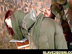Des disciplines de soldat égarés subordonné