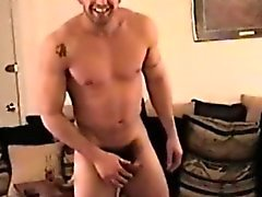 Funny solo jock jerking off in homemade gold