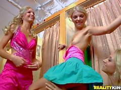 Blonde dolls Jana Sammie and Franziska have some fun