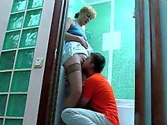 Russian NOT mamma och EJ hennes sonen inlägget fuck i badrummet