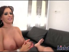 Curvaceous starlet has her orgasmic cunt hammered