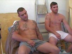 Brit брата мастурбацией