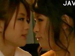 Jap lesbos massage