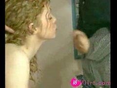 Mignon maigre rousse brit salope teen est baisée - 18flirt