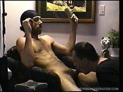 Suoraan Pojan ja Enrique vittuile mies kasvot