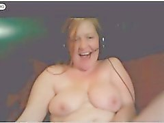 redhead gets loud while wankin that pussy