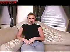 Blond sexy s'encrasse Pour les Casting Call