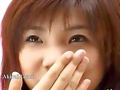 bedövning japansk tjej bråkade själv