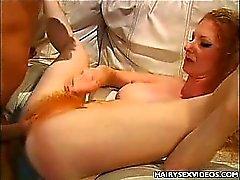 Sexy RedheadCavewomankundengerechter Nehmen Haarige Füllen