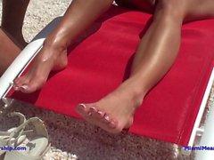 De Dannii Harwood le bikini humiliation