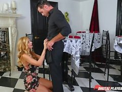 DP Star 3 - Grosse Blonde Impossible Alexa Grace Deep Throat Blowjob