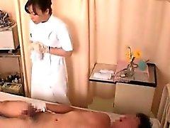 Насти медицинских сестер получит роговые и трахается