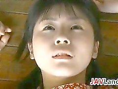 Sötsaken japansk flicka vill knulla