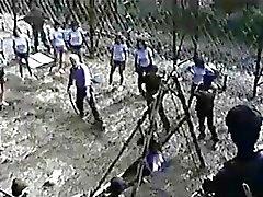 Japaneese Amateur Mädchen gezwungen zu peitschen