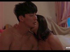 Yoo Ji-won et Han Na dans To Her