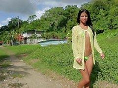 Denisse Gomez petit bikini