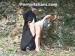 Italia papille hoitelee Doggy Style girl metsästä - Prete Kotisivu Kohteet Scopa pecorina ragazza nel bosco pornoa Kotisivu