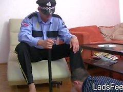 Policía de adoración de pies