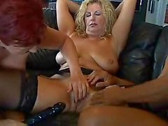 Threesome perfect blowjob & dildo insertion