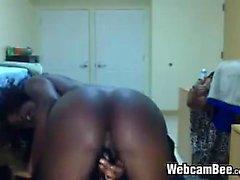 Amateur Girls nero ebano con culo grosso