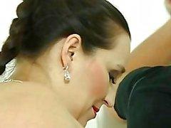 Dominatrices Gordas y Bellas de coronación un tipo mirón en la ducha