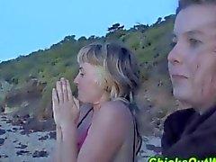 Русый подруги трахнул на пляж в закате