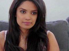 Prachtige Arabische meisje doet een casting