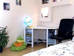 canlı webcam üzerinde yanıp sönen bebek angiestill