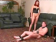 Domina Stark Behaart StrapOn ,