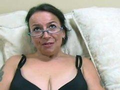 del brunette più vecchi perderti Nina svizzero è un di età un'ampia sporche che ha