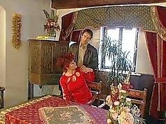 Бабушки Волосатые Киски область открыта для ее молодого Любовник