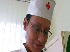 Cornée jeunes Nurse femelle de joint Gr ...