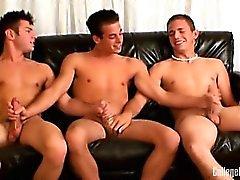 Und Nathan Nikolaos abwechselnd hämmerte , dass zu sehen Hot Ass der