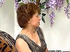 Schmutzige Grandma gefickt bekommen Klassik