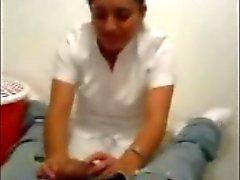 Türk Hemşire Yalama ve Dick ile oynamak