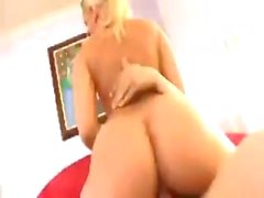 Blonde babe Alexis Texas poses and shows off ass before fucking