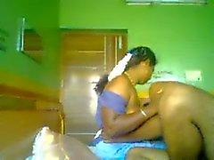 Indian Aunty 1075