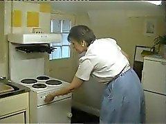 Зрелые Милашка получает ее киска Serviced