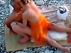 Pariskunta vitun Beachissä