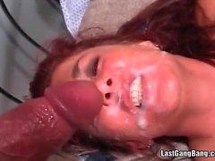 Caldi slut haired red ottenere sbattuto