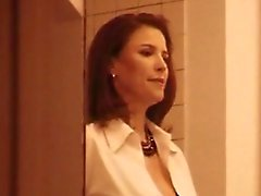 Mimi Rogers a - Massage corporel