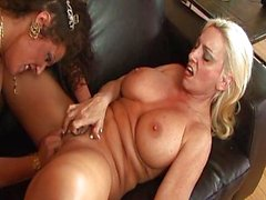 Two horny ladies getting it on