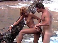 Hottie del brazillian de Disfrute de un Dick de la Bahía