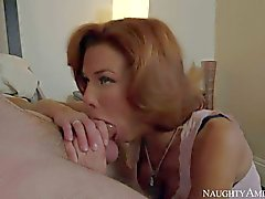 Dane Cross fucks hot MILF Veronica Avluv