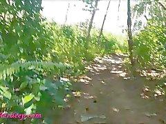 Taylandlı genç heather cennette atving yapıyor ve dörtlüde büyük boğaz ağrıyor