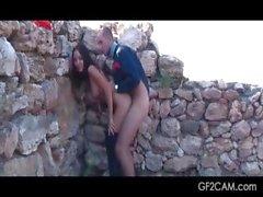 Girlfriend outdoor fucking on homemade sex video